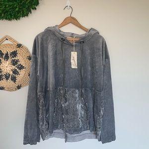 NWT Mystree | velvet terry gray pull over hoodie L